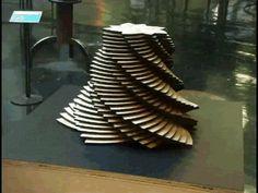 O artista plástico John Edmarké um mestre da arte cinética.