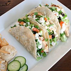 Greek Salad Tacos and Cucumber Dill Dressing. Just leave out chicken to make them kosher & vegetarian Greek Salad Tacos and Cucumber Dill Dressing. Just leave out chicken to make them kosher & vegetarian Greek Recipes, Mexican Food Recipes, New Recipes, Dinner Recipes, Cooking Recipes, Favorite Recipes, Healthy Recipes, Yummy Recipes, Brunch Recipes