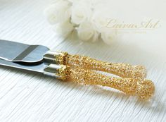 Gold  Wedding  Cake Server Set & Knife  Gold wedding (This seems to have the most practical cutting edge.)
