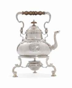 A GEORGE I SILVER KETTLE, STAND AND LAMP MARK OF WILLIAM PARADISE, LONDON, 1724
