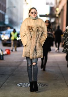 Olivia Palermo at Fashion Week Fall 2016 | POPSUGAR Fashion