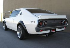 This 1973 Nissan Skyline GT is the successor to the Hakosuka model. This one has been given a late 90′s Skyline twin-turbo RB26DETT