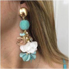 Fabric Jewelry, Clay Jewelry, Crochet Earrings Pattern, Indian Jewelry, Earrings Handmade, Swarovski, Jewelry Accessories, Beaded Bracelets, Jewels