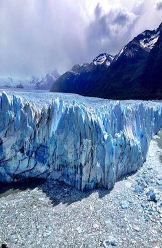 Complete guide to the Perito Moreno Glacier in  Argentina.