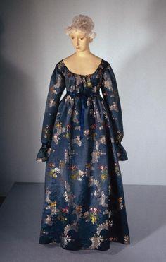 Dress1797-1800Gemeentemuseum