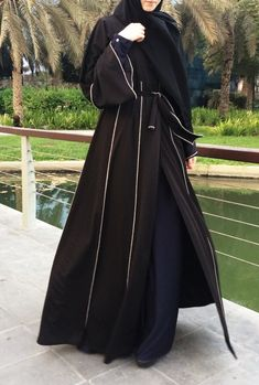 Hemming Stitch Abaya with Panels - Black / Plus Size Abaya / Dubai Abaya / Kimono Abaya / Open Front Abaya / Eid Abaya / Jersey Abaya / Abaya Dubai, Saudi Abaya, Muslim Women Fashion, Arab Fashion, Woman Fashion, Modest Outfits, Modest Fashion, Fashion Dresses, Fashion Wear