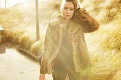 Vasilieva / red shoe sunlight //  #Fashion, #FashionBlog, #FashionBlogger, #Ootd, #OutfitOfTheDay, #Style