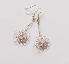 wire crochet earrings | Tutorials on How To Make Wire Crochet Jewelry - The Beading Gem's ...
