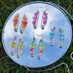 "THE ALL NEW ""Chloe"" super cute inspired Butterfly Safety Pin handmade earrings! Weird Jewelry, Cute Jewelry, Beaded Jewelry, Jewelry Accessories, Beaded Earrings, Jewlery, Swarovski Jewelry, Jewelry Bracelets, Earrings Handmade"