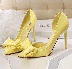 Stiletto #stiletto #shoes #fashion #vanessacrestto #style