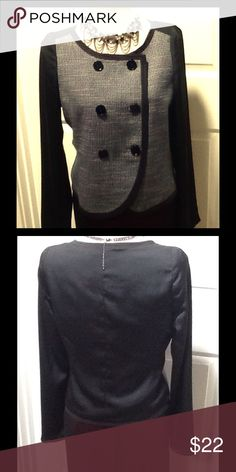 NWOT 🐼 GAP Gray & Black Double Breasted Blazer🐼 This GAP blazer/jacket does not look like it's from GAP !!!😱  Maybe has something to do with a Gap & BR merger?  With a designer look, tweed effect on front, black slid on the back, the sleeves, trim and buttons.  It can be worn with jeans, for work, or try it over an evening dress with sparkly accessories (as pictured in Photo #1)😍 GAP Jackets & Coats Blazers