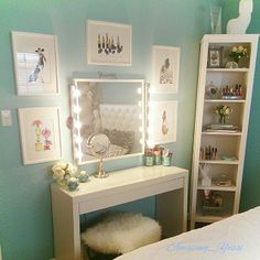 beautiful, chic vanity room
