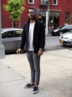 How do you wear your Superga 's? THE MEN Clean and classic. Cool Street Fashion, Look Fashion, Street Style, Mens Fashion, Travel Fashion, Fashion Photo, Looks Style, Looks Cool, Men Looks