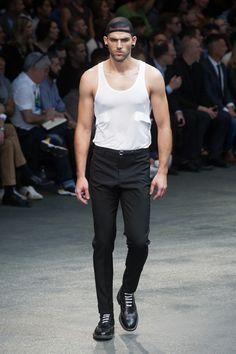 Givenchy-2015-Men-Spring-Summer-Paris-Fashion-Week-041