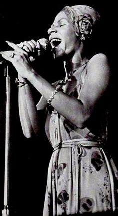 Minnie Riperton Performing at Auburn University in1975