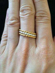 Mira este artículo en mi tienda de Etsy: https://www.etsy.com/listing/209488936/coiled-tri-color-rings