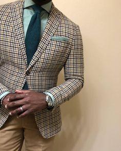 Gun club check sport coat, light green shirt, green tie, khakis