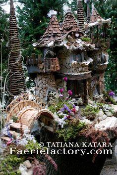 fairy houses | home exterior: Fairy Garden / Fairy house
