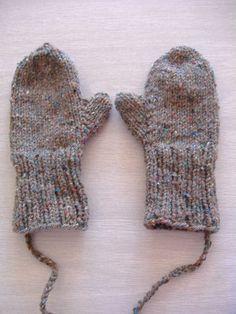 mittens (free pattern).