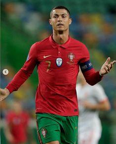 Cristiano Ronaldo Cr7, Athletes, Sports, Clothing, Hs Sports, Sport