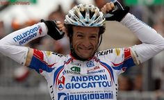 Michele Scarponi killed in road accident while training