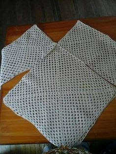 New crochet granny square sweater pattern cardigans 35 ideas Black Crochet Dress, Crochet Cardigan, Crochet Shawl, Knit Crochet, Crochet Baby, Granny Square Sweater, Crochet Granny, Loom Knitting, Crochet Fashion