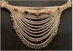 ancient beauty to Russia-feminine embellishment and amulets