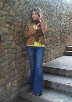 http://sabrinaforte.com/wp-content/uploads/2016/08/look-casual-jaqueta-couro-mng-calca-jeans-flare-calca-boca-de-sino.jpg