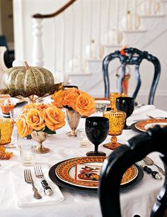 Halloween table decor, country living