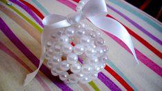 Adornitos navideños copados! Cómo hacer esferas con tanza y pelotitas