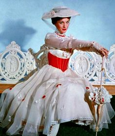 Julie Andrews as Mary Poppins, by Tony Walton. I've always wanted this dress it's so pretty. I would love to play her at Disney World too. Holiday Costumes, Disney Costumes, Movie Costumes, Halloween Costumes, Theatre Costumes, Halloween 2014, Musical Theatre, Spooky Halloween, Halloween Ideas