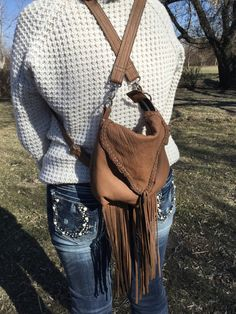 Buffalo leather one of a kind lucy bag in a back pack style with straps that can be worn 4 different ways! Lovin the fringe! Handmade Purses, Buffalo, Purses And Bags, Backpacks, Leather, How To Wear, Design, Style, Fashion
