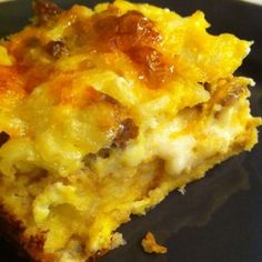 Make Ahead Gluten Free Breakfast Strata*Yes delicious! Doubled this Christmas morning pans) served Only thing I did different was baked the potatoes till crispy first. I poured the liquid on just before baking. Breakfast And Brunch, Breakfast Strata, Breakfast Dishes, Best Breakfast, Breakfast Recipes, Vegetarian Breakfast, Breakfast Burritos, Breakfast Bake, Sausage Breakfast