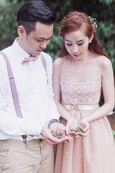 Romantic The Secret Garden inspired pre-wedding shoot // Love in The Secret Garden: Jim and Evelyn's Engagement Shoot