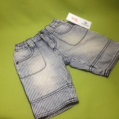 Jeans stone washed, marca Place, 0-3 meses. Q25.00