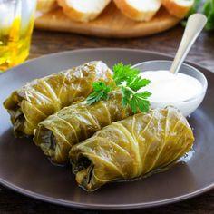 Chou farci végétarien Fresh Rolls, Veggies, Turkey, Restaurant, Meat, Ethnic Recipes, Food, Caramel, Vegan