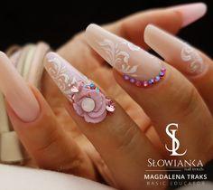 Ślubna stylizacja. #paznokcieślubne #paznokcie #nailpolish #hybryda #manicure #szkolenia #koszalin #magdalenatraks.
