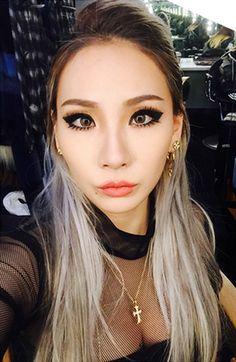 CL@x.pxcify_hxr.x 'HELLO BI+CHES' CL