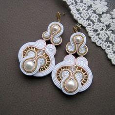 Soutache earrings - white gold