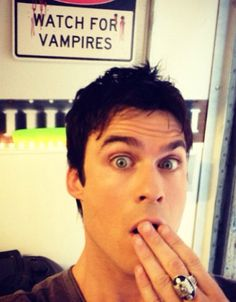 Ian Somerhalder..... AND he's wearing the daylight ring! ;)