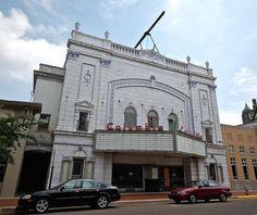Abandoned theater, Paducah, Kentucky