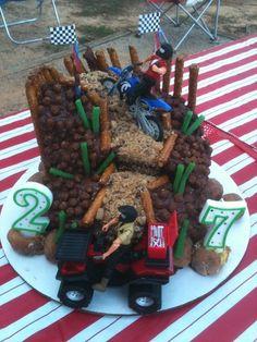 Dirtbiking cake.......might do this for brandons birthday