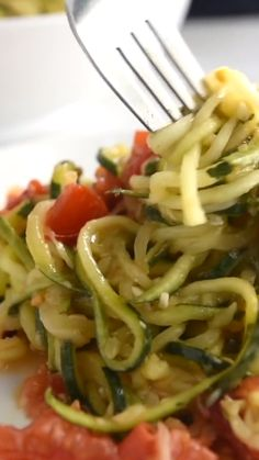 My favorite way to cook zucchini noodles! See how to make our zucchini noodles pasta recipe with garlic tomatoes basil and parmesan cheese. Low-carb keto-adaptable and vegetarian! Zucchini Pasta Recipes, Zoodle Recipes, Spiralizer Recipes, Veggie Recipes, Diet Recipes, Healthy Recipes, Cook Zucchini Noodles, Low Carb Noodles, Zucchini Lasagna