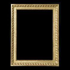 Louis XVI rais de cœur et perles en bois sculpté doré à l'or fin, patine à l'ancienne. Possibilité de dorer à la feuille de cuivre ou d'argent.  Référence 35 et référence 36 selon la largueur de moulure.  Largueur de moulure 35mm (réf 35) et 65mm (réf 36.  Louis XVIth heart and pearl carved wood gilded with gold leaf, old patina. Could be gilded with copper or silver leaf.  References 35 and 36 depending on trim's width.  Trim width 35mm (ref 35) and 65mm (ref 36).  © Atelier Garnier