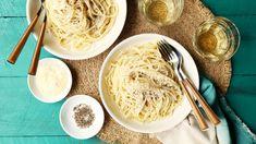 Pasta Alla Cacio E Pepe Recipe - Genius Kitchen Pasta Recipes, Chicken Recipes, Dinner Recipes, Cooking Recipes, Recipe Pasta, Rice Recipes, Recipies, Cacio E Pepe Recipe, Cream Pasta