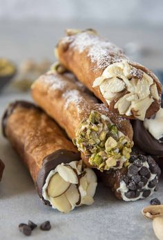 Food and drink <b>Food and drink.</b> The Easiest Homemade Cannoli Recipe Italian Bakery, Italian Pastries, Italian Desserts, Just Desserts, Italian Recipes, Dessert Recipes, Gourmet Desserts, French Pastries, Plated Desserts