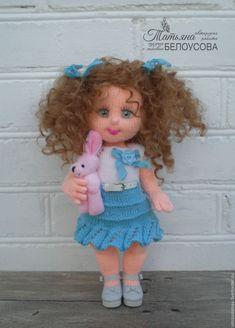 This post was discovered by Ma Yarn Dolls, Knitted Dolls, Crochet Dolls, Crochet Baby Socks, Crochet Bunny, Amigurumi Patterns, Amigurumi Doll, Amigurumi Tutorial, Crochet Doll Pattern