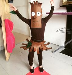 Grüffelo Stick lady love for World Book Day Buying Petite Clot Story Book Costumes, World Book Day Costumes, Book Week Costume, Creative Costumes, Diy Costumes, Costume Ideas, Stick Man Costume, World Book Day Ideas, Egyptian Costume