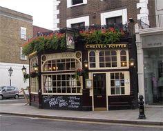 Chelsea Potter Pub on King's Road. Pub Signs, Shop Signs, Storefront Signs, Shop Facade, Pub Decor, Chelsea London, British Pub, Old Pub, London History
