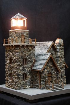 miniature stone lighthouses - Pedro Davila - Welcome to the World of Decor! Miniature Crafts, Miniature Fairy Gardens, Miniature Houses, Medieval Houses, Fairy Garden Houses, Stone Houses, Miniture Things, Little Houses, Stone Art